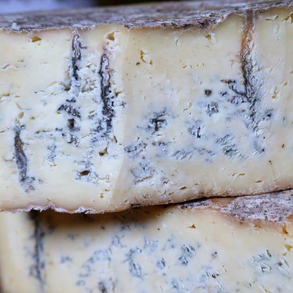 Farmhouse Cheddar Blue