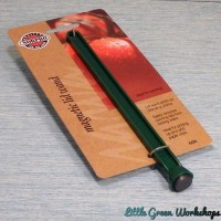 Magnetic lid wand