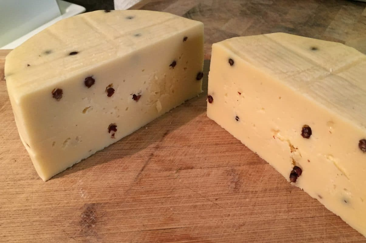 Mature your cheese - Romano Pepato