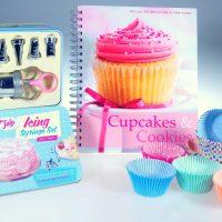 Cupcakes & Cookies Icing Set Gift Box