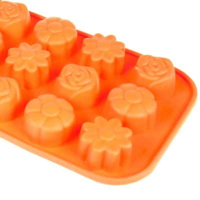 Mini Flower Guest Silicone Mould Close Up