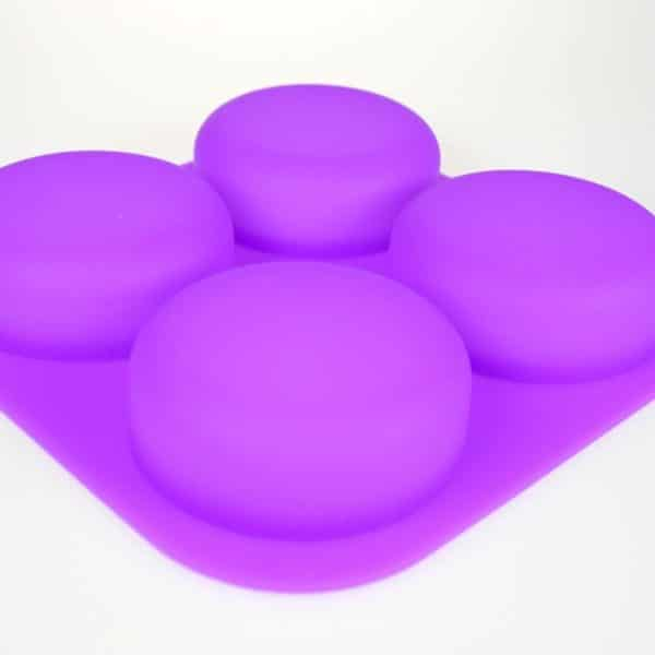 Curvy Circle Silicone Mould close up
