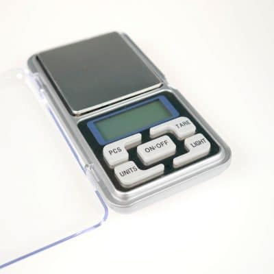 Mini Pocket Scale Close up
